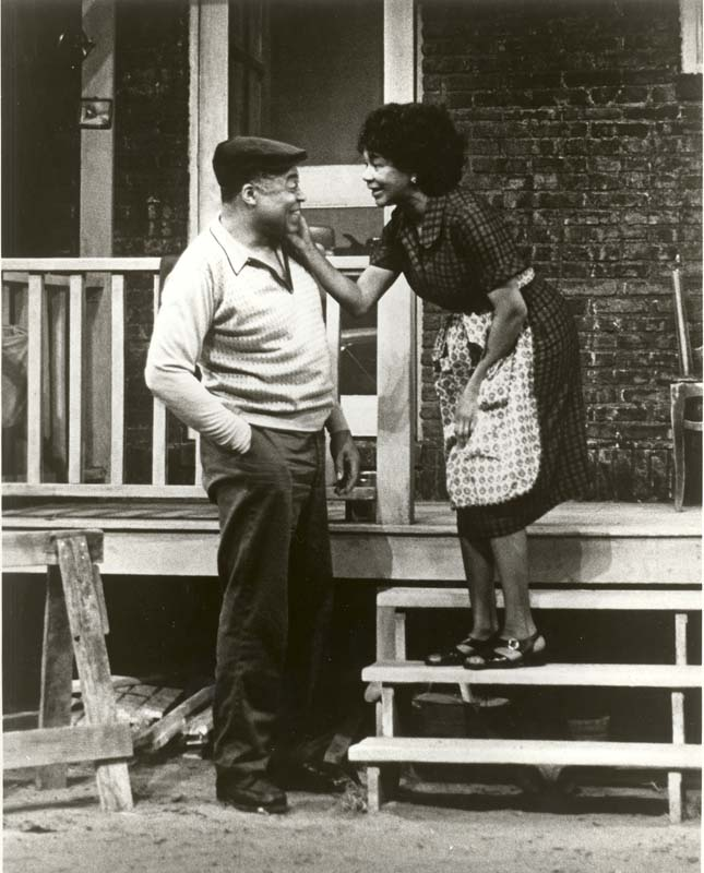James Earl Jones and Mary Alice starred in the 1985 production of Fences by August Wilson