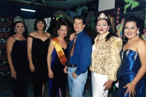 "Quinones with the drag queens he wrote about in ""True Tales from Another Mexico,"" the night of the beauty contest in La Fogata."